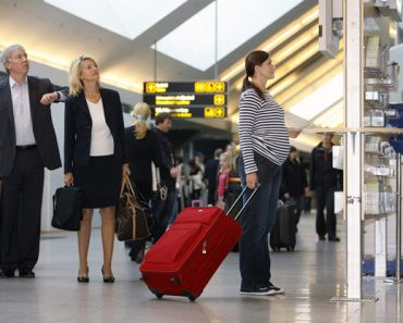 Tips for Flying During Pregnancy